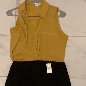 Express Sleeveless Portofino Button Up -MD